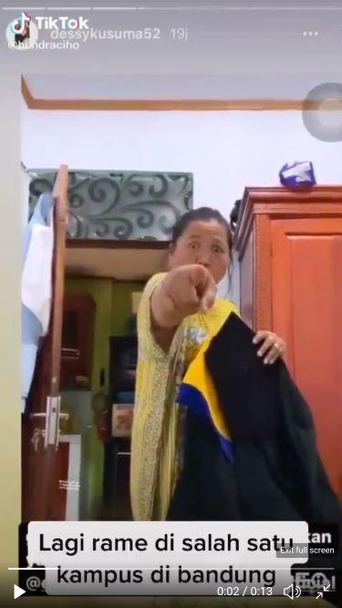 Viral, Video Seorang Ibu 'Ngamuk' Perkara Mahalnya Uang Wisuda di Unikom