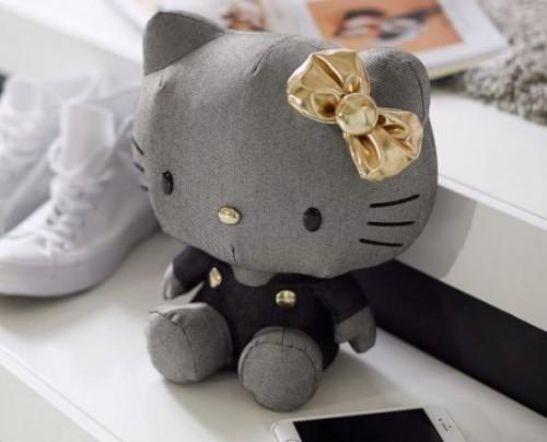 Speaker Hello Kitty, untuk kamu pencinta Hello Kity sejati. (Foto: Dok. PBTeen.com)