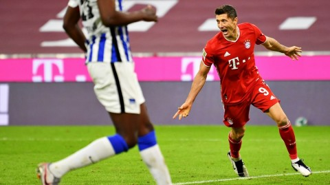 Bayern vs Hertha: Quattrick Lewandoski Menangkan FC Hollywood