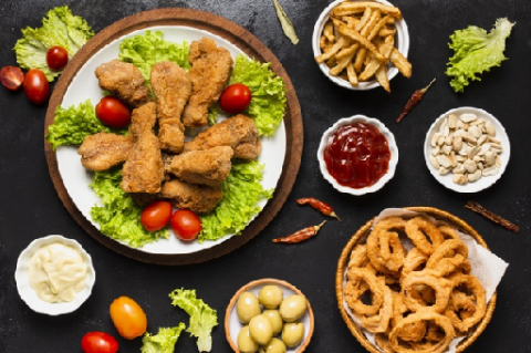 Ragam Makanan dan Minuman yang Harus Dihindari Penderita Gastritis
