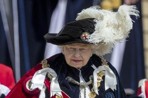 Ratu Inggris Tekankan Pentingnya Media Terpercaya Selama Pandemi