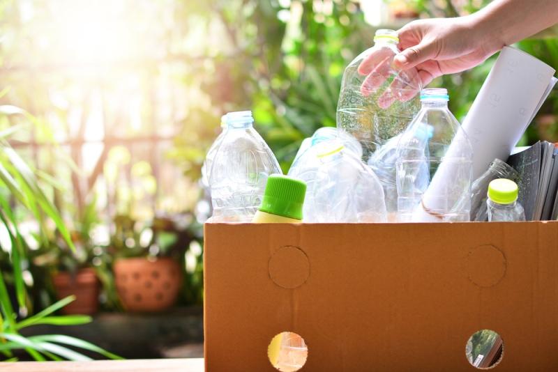 Membangun sistem pengelolaan sampah yang baik harus dimulai dari lingkungan terdekat, yaitu rumah (Foto:Shutterstock)