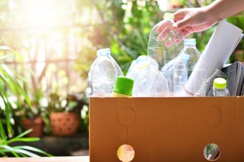 Memilah Sampah dari Rumah, Menyelamatkan Lingkungan dan Menghasilkan Uang