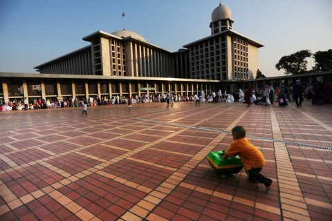 Lewat Masjid, Masyarakat Didorong Berinvestasi di Instrumen Keuangan Syariah