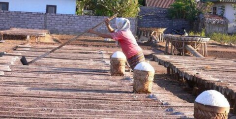 Luhut: Impor Garam Industri Harus Ada Rekomendasi dari Kemenperin