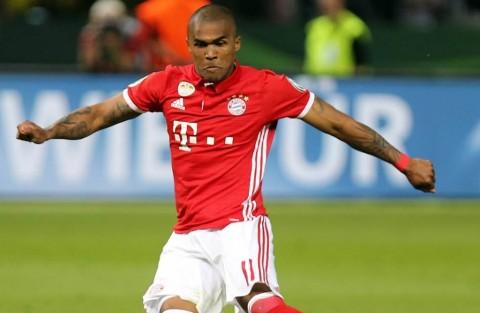 Bayern Muenchen Pulangkan Douglas Costa dari Juventus