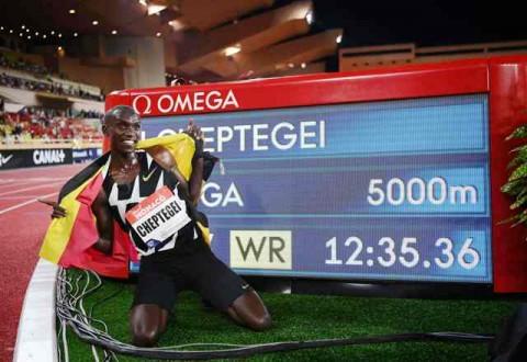 Cheptegei Bidik Rekor Lari 10.000 Meter di Valencia