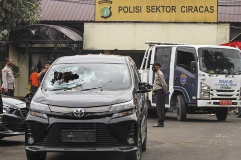 TNI Rogoh Rp828 Juta Ganti Rugi Perusakan Polsek Ciracas