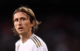 Modric Ingin Pensiun di Real Madrid