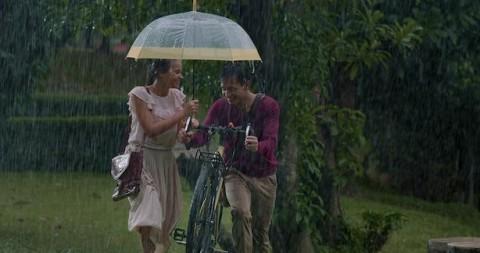 Aurora Ribero Ingin Bahagiakan Jefri Nichol di Film Seperti Hujan yang Jatuh ke Bumi