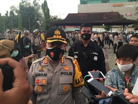 Penyusup Demo di Palembang Berkoordinasi Pakai WhatsApp Grup