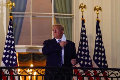 Pejabat Gedung Putih Akui Trump Tidak Diuji Covid-19 Setiap Hari