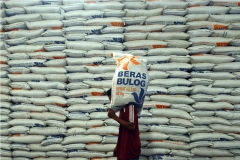 Perum Bulog Belitung Jamin Pasokan Beras Aman hingga Akhir 2020