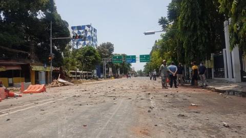 Demo UU Cipta Kerja di Kota Cirebon Berakhir Ricuh