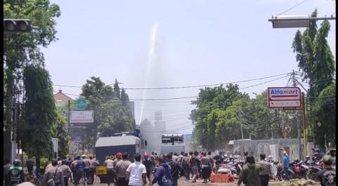 Demo UU Ciptaker di Cirebon Disusupi Oknum Pembuat Ricuh