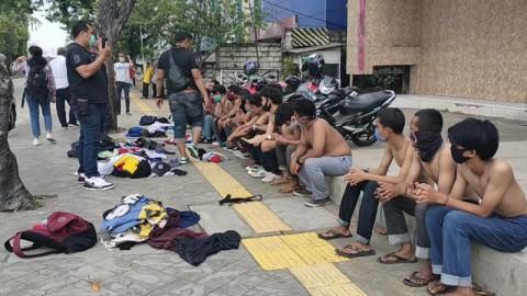 34 Pelajar yang Hendak Demo UU Ciptaker ke DPR Ditangkap