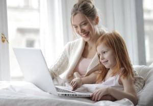 Bagaimana Membantu Anak Pemalu dan Introvert Belajar dari Rumah?