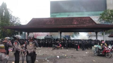 Demo Tolak Omnibus Law di Palembang Berakhir Ricuh