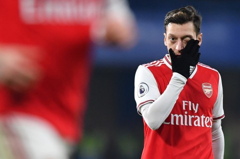 Arsenal tidak Bawa Mesut Oezil ke Liga Europa