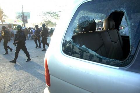 Syarat Asuransi Mengganti Kerusakan Mobil Akibat Demo