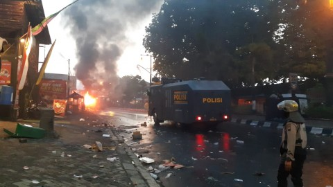 Usai Demo Berakhir Ricuh, Polisi Patroli Skala Besar