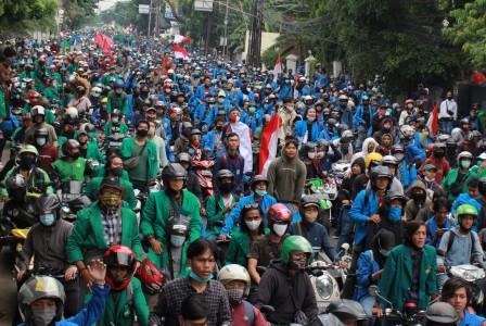Pedemo UU Ciptaker Reaktif Covid-19 di Jakarta Bertambah