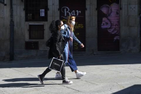 Madrid Membandel, PM Spanyol Siap Terapkan Status Darurat Covid-19