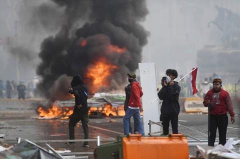 285 Pedemo UU Ciptaker di Jakarta Diduga Membawa Sajam