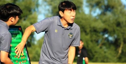 Shin Tae-yong Cari Pemain Tinggi dan Fasih Kuasai Bola