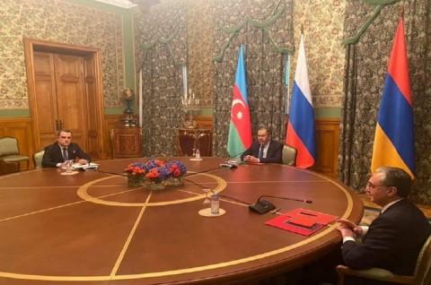Armenia dan Azerbaijan Sepakati Gencatan Senjata Temporer
