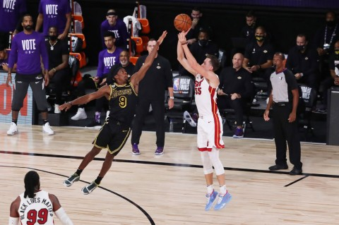 Heat Paksa Lakers Mainkan Gim Keenam