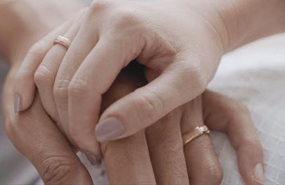 'In The Name of Love', Berbagi Pesan Cinta yang Menghangatkan Hati