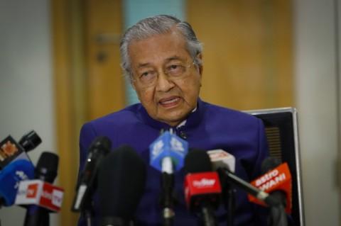 Mahathir Salahkan Pemerintah Malaysia Atas Klaster Covid-19 di Sabah