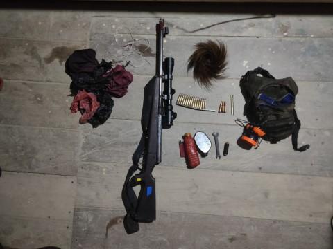 Satu Jam Baku Tembak, TNI Rebut Senjata KKSB di Papua