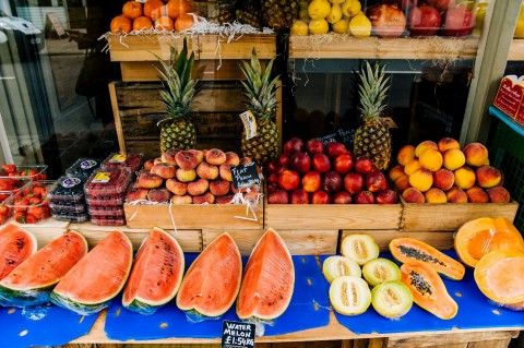 5 Makanan untuk Mencegah Kanker Usus