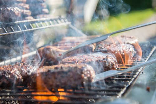 Daging adalah sumber protein yang kaya akan zat besi dan vitamin B. (Ilustrasi/Pexels)