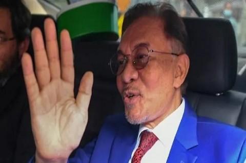 Anwar Ibrahim Tinggalkan Istana usai Bertemu Raja Malaysia