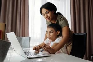 Tips agar Belajar di Rumah Menyenangkan dengan Anak Disabilitas