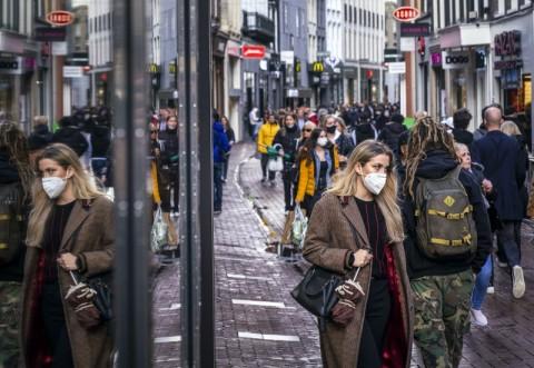 Belanda Umumkan Kematian Pertama Akibat Infeksi Ulang Covid-19
