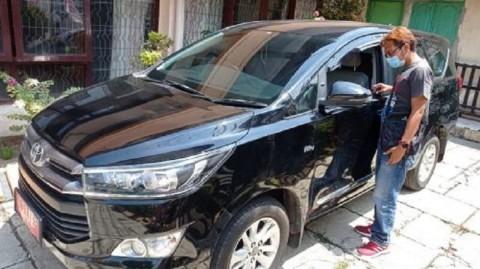 Mobil Ketua KPU Ponorogo Dibobol, Duit Digondol