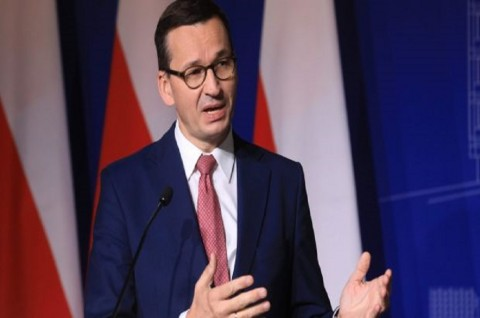 Negatif Covid-19, PM Polandia Lanjutkan Karantina Mandiri