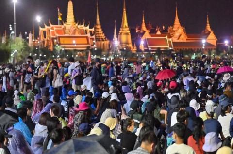 Demo Pendukung dan Oposisi Pemerintah Berlangsung di Bangkok