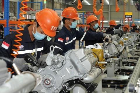 Kinerja Industri Manufaktur Diprediksi Minus 2,4% Tahun Ini