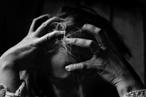 Secara umum, masalah psikologis yang secara konsisten banyak ditemukan pada semua kelompok usia adalah keluhan stres umum sebesar 23,9%. (Ilustrasi/Pexels)