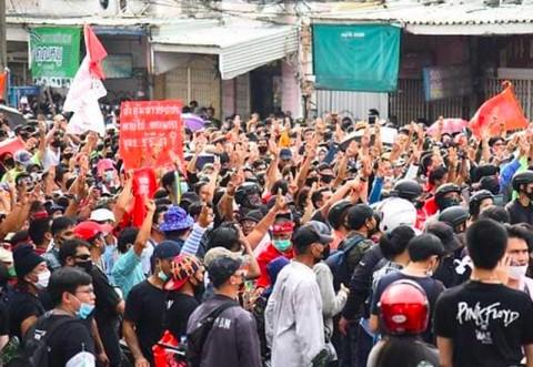 Hadapi Protes, Pemerintah Thailand Umumkan Status Keadaan Darurat