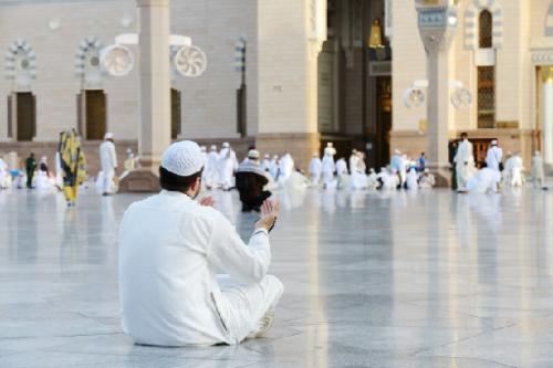 Izin baru tersebut untuk sholat di Masjidil Haram dan Masjid Nabawi. (Foto: Ilustrasi. Dok. Freepik.com)