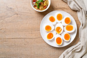 3 Bahaya Mengonsumsi Telur Bebek