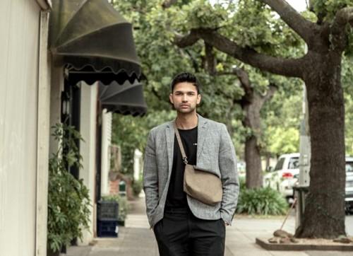 Pria berperut besar bukan berarti tidak bisa stylish lho. Ini lima tips supaya tetap bisa stylish. (Foto: Unsplash.com)