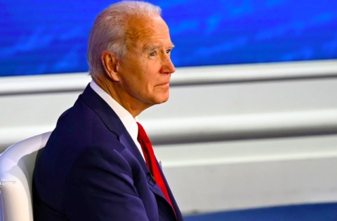 Joe Biden Sebut Trump Pilih Pasar daripada Penanganan Covid-19
