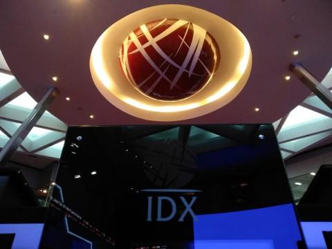 Abaikan 'Merahnya' Wall Street, IHSG Dibuka Menguat Tipis